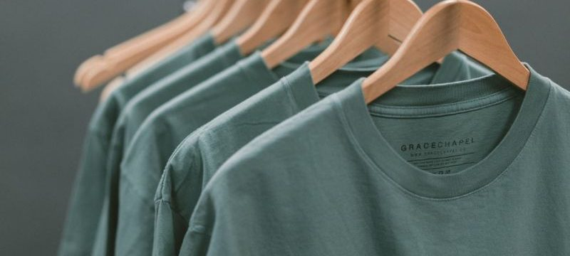 Vyberte si niektoré z originálnych pánskych outfitov na chladnejšie ročné obdobia